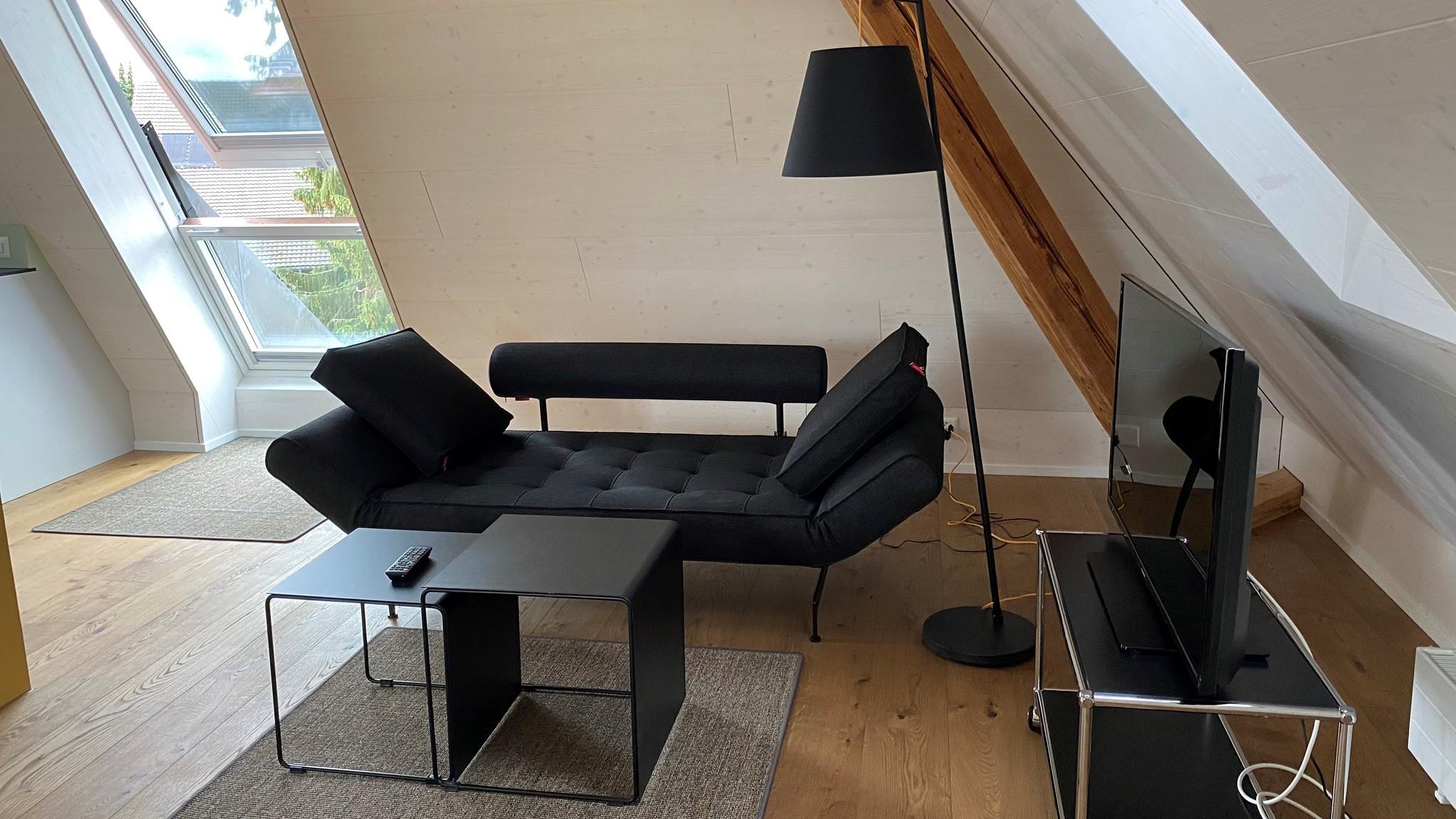 Loft_Tisch_mit_Sofa